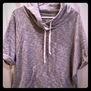 Hollister beachy ss sweatshirt